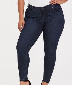 Torrid Bombshell Skinny Jean's 24XT